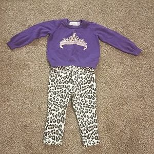 Sweater and pants set